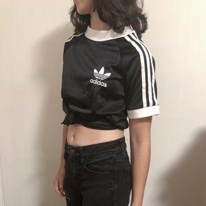 Adidas black jersey material t shirt